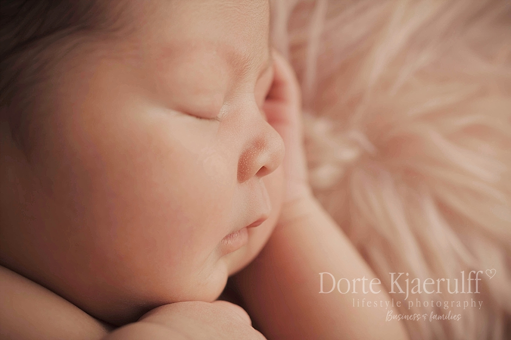 newborn details photographer