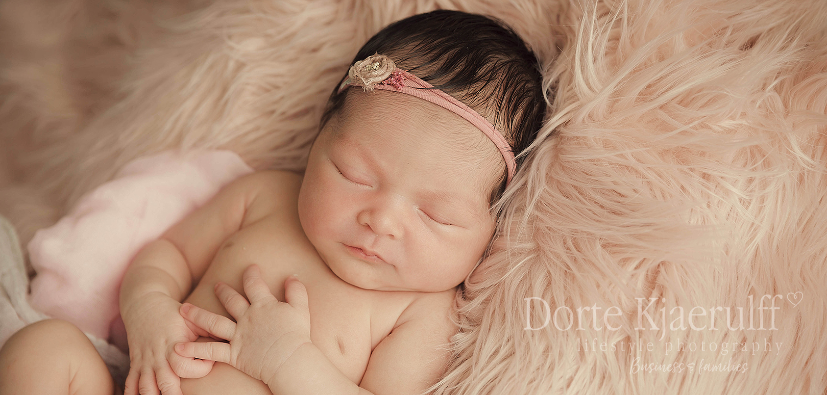 Newborn baby photographer in Market Harborough – featured shoot